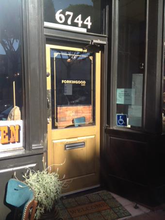 Forkin Good Café is so certainly fresh that even its front door oozes authenticity.
