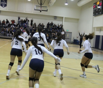 South East High School Girls Volleyball Clawed Their Way Into Playoffs Hs Insider