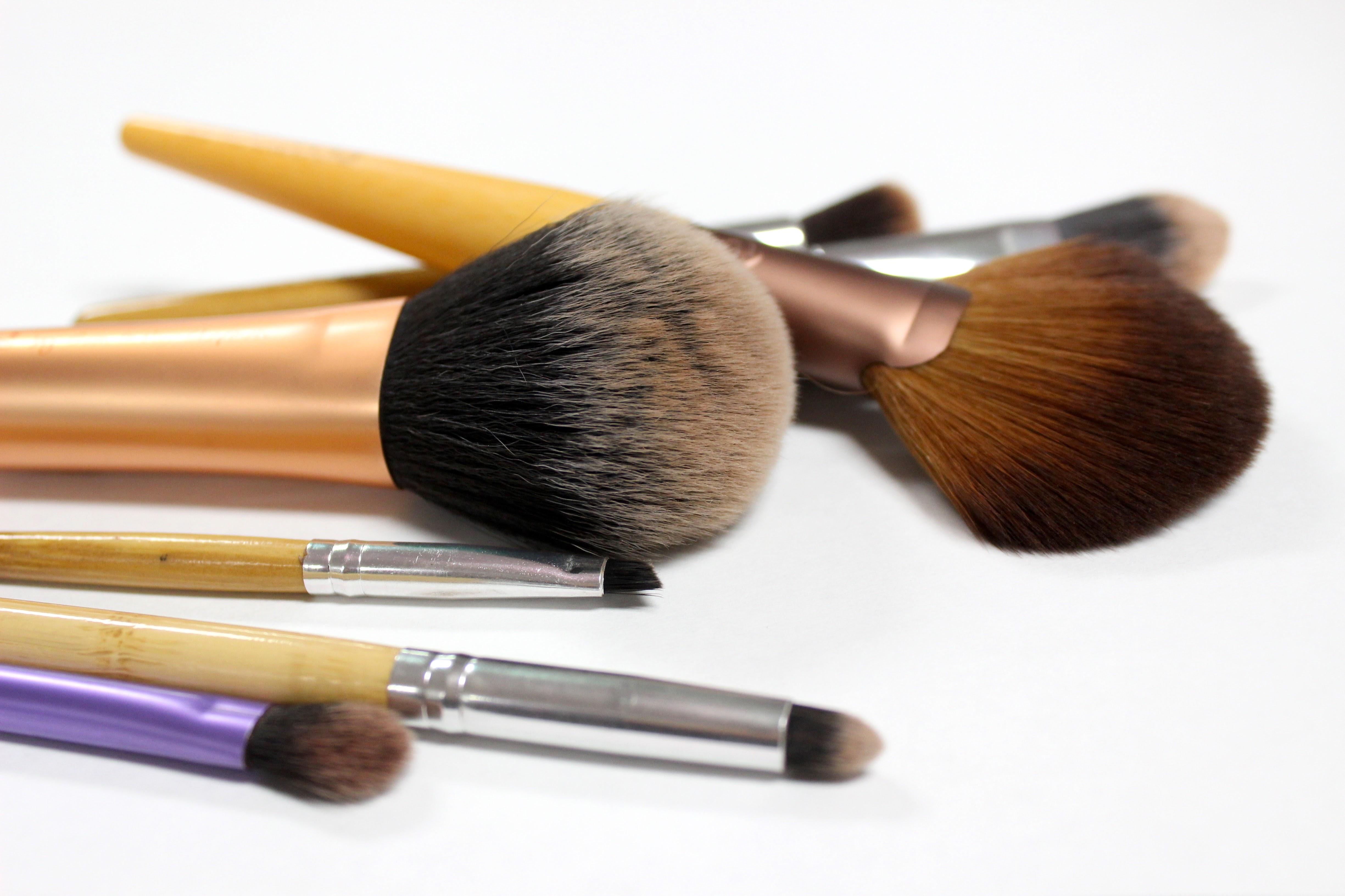 Makeup Guide Brushes For Flawless Blending HS Insider