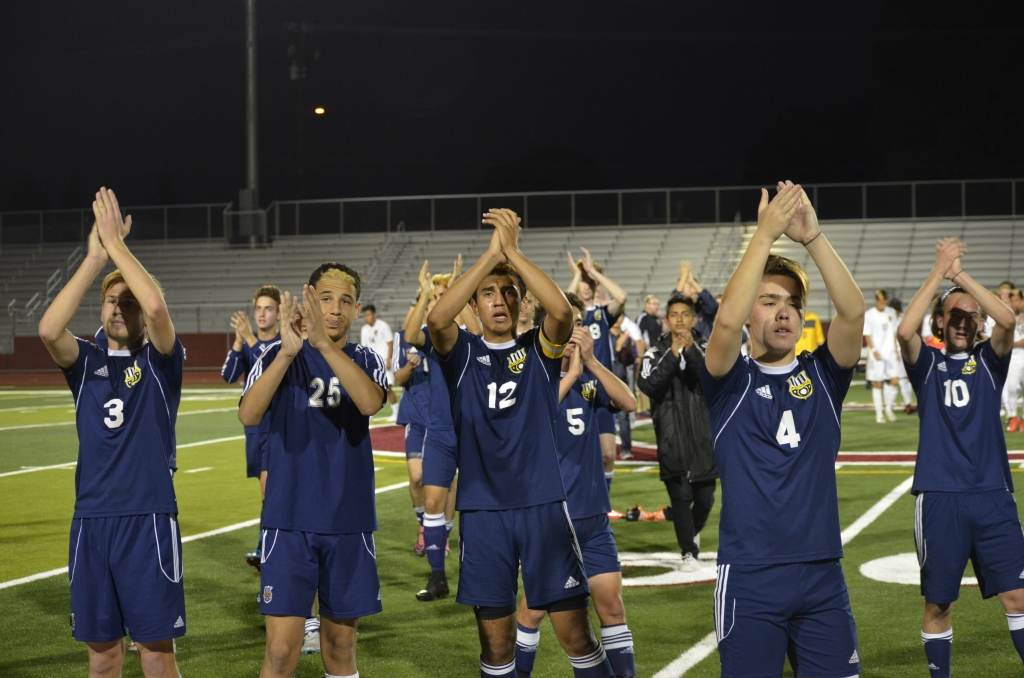 Agoura players applaud the Ontario fans after the game.