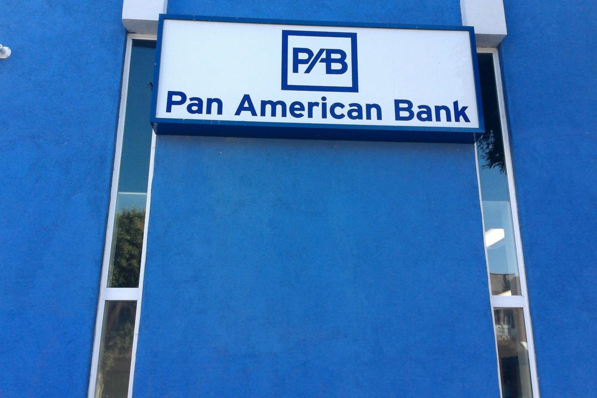 PanAmericanBank-VelezGuadalupe01