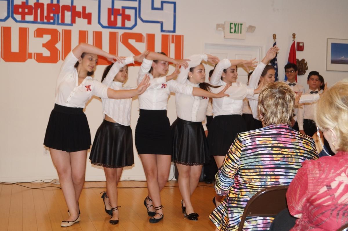 "6 of the female graduates dance ""Makhmur Aghjik."""