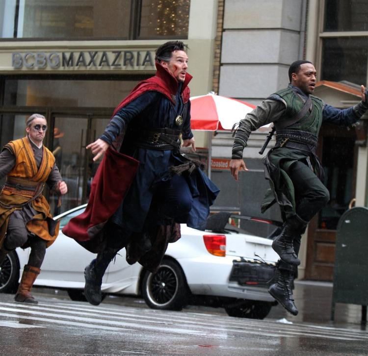 Behind the scenes of Doctor Strange filming.