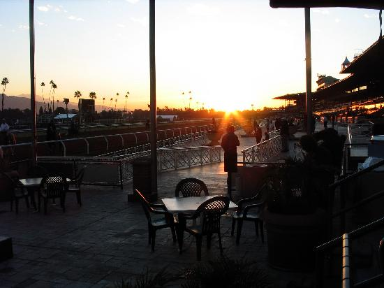 sunrise over santa anita Enjoy a race while dining at the Clockers Corner