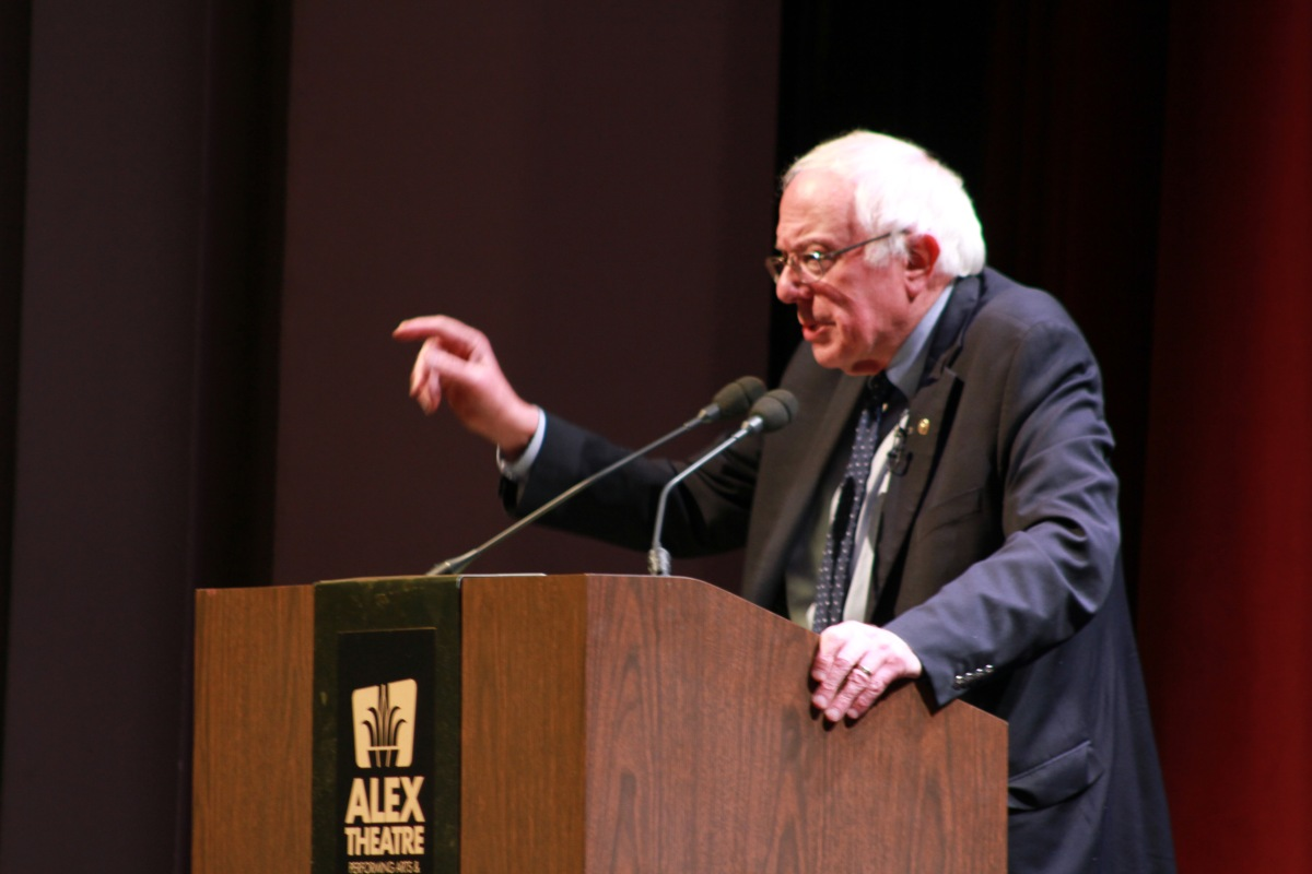 FEEL THE BERN: Comedian and actress Sarah Silverman interviews U.S. Senator Bernie Sanders in front of a sold-out crowd at the Alex Theatre in Glendale on Nov. 29. Photos by: Melody Shahsavarani
