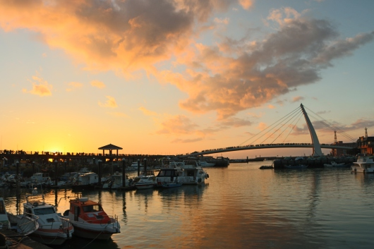 Sunset at Fisherman's Wharf and Lover's Bridge