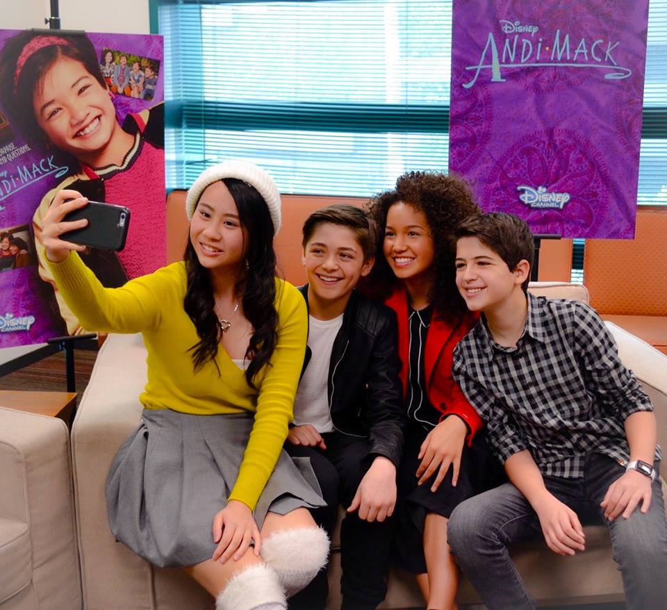 Meet The Kids Of Disney Channels New Show Andi Mack Hs Insider