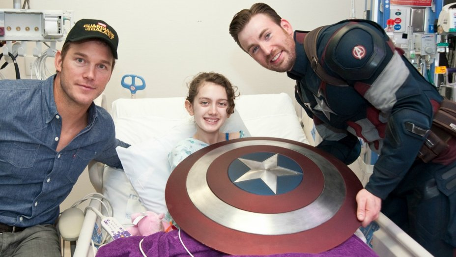 isabelle copy Chris Evans on Captain America, pursuing his dreams, and love for Mckenna Grace