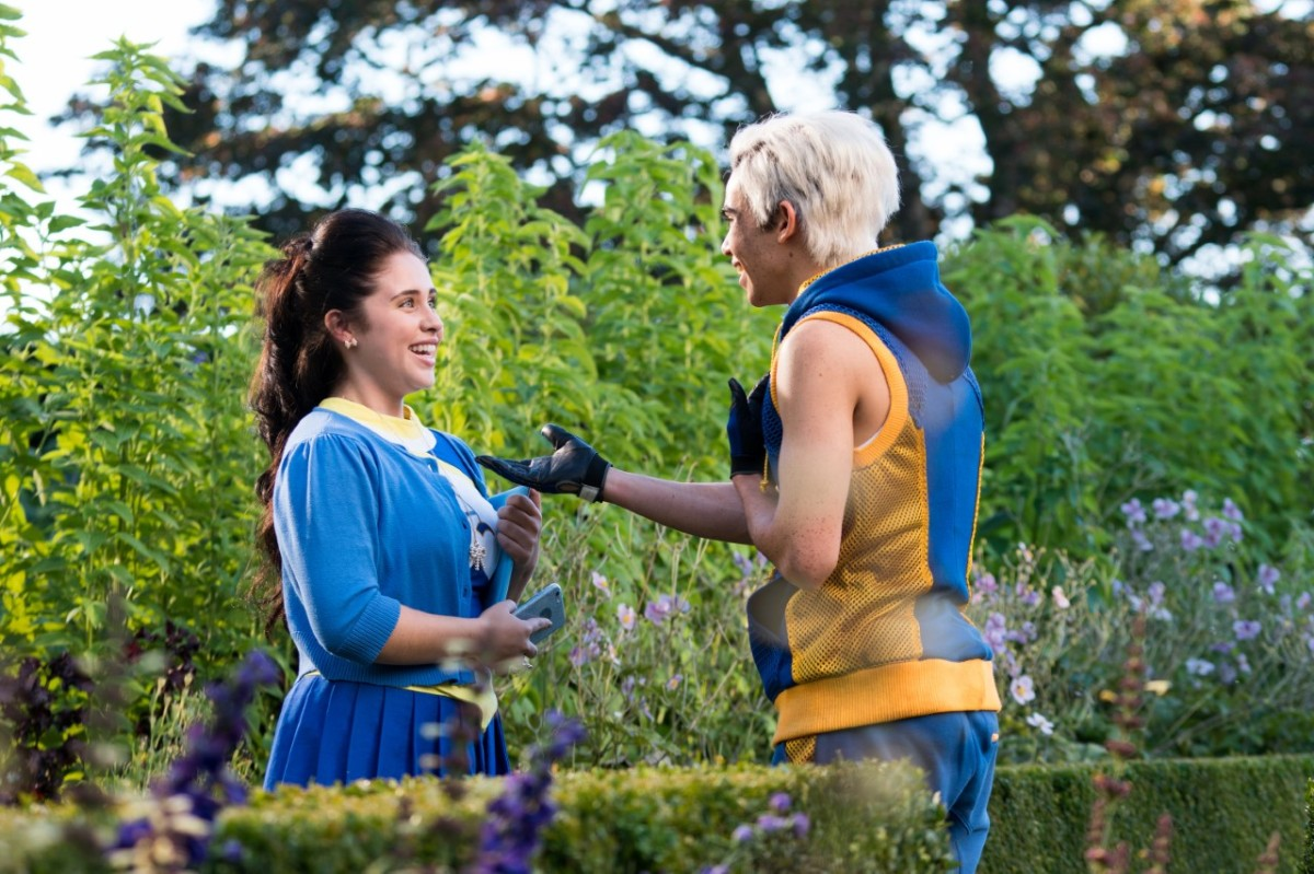 thumbnail 144577 7039 Interview with Dianne Doan and Brenna DAmico from Disneys Descendants 2