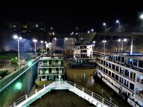 img 8168yangtze cruise 3 Three Gorges Dam and Yangtze River cruise