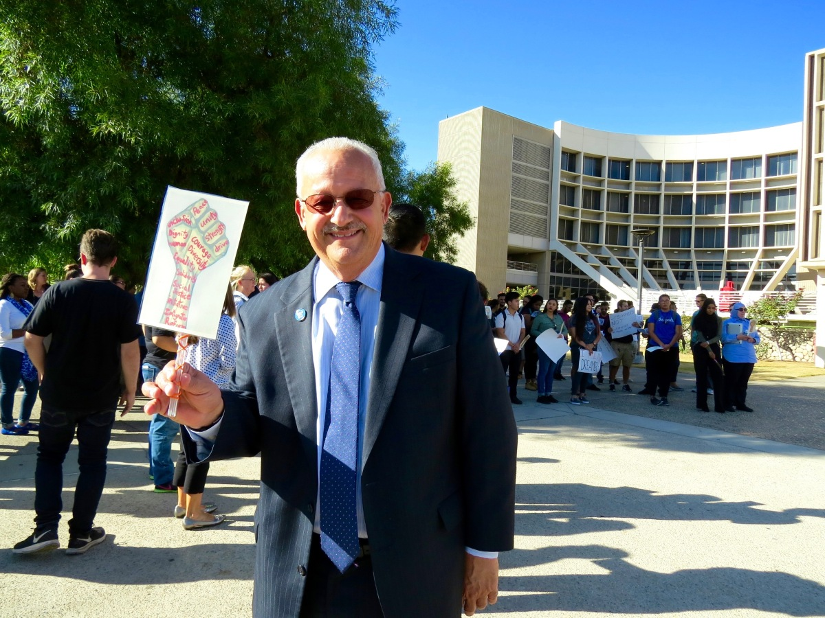 img 8115 CSUSB rallies in support for undocumented students