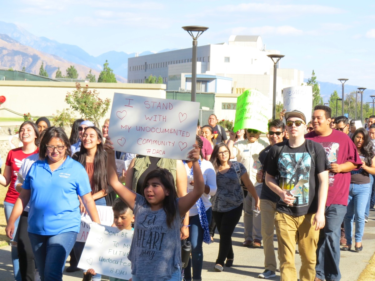 img 8146 CSUSB rallies in support for undocumented students