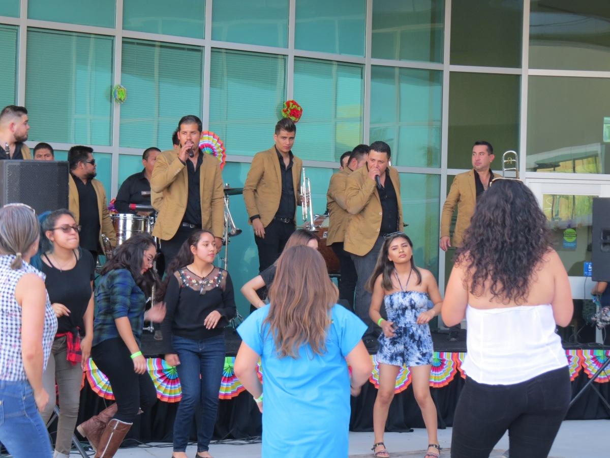 img 9930 CSUSB campuses celebrate Cinco de Mayo