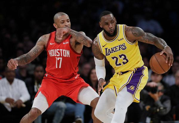 merlin 151034880 4afb63e1 6286 4e9c ae5f 0b6891ff256e articlelarge Can LeBron James lead another team to a championship?