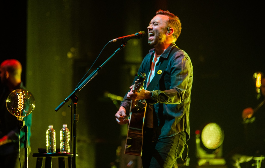 Tim McIlrath of Rise Against at The Theatre at Ace Hotel on May 4, 2019 (Photo by Ashley Ramynke)