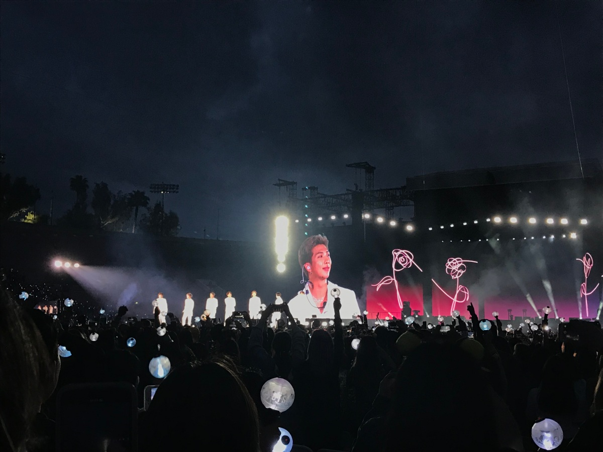 intro Concert review: BTS opens international stadium tour at the Rose Bowl